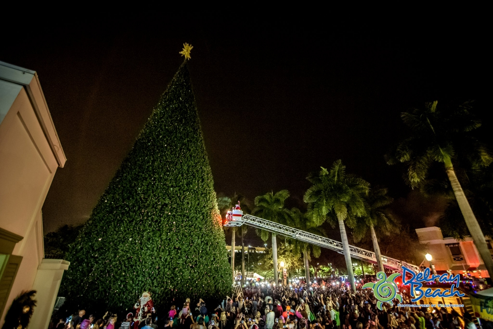 100 Ft Christmas Tree & Holiday Festivities | Downtown Delray Beach